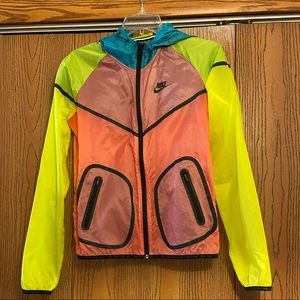 Nike Packable Jacket Translucent Women's Size S